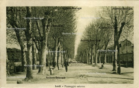 Lodi - Passeggio Interno (attuale Viale IV novembre)